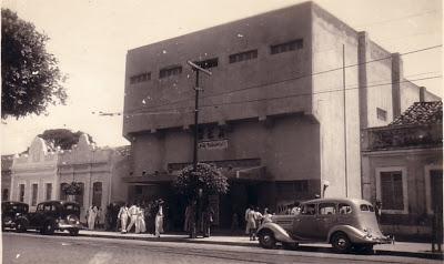 Cinemas antigos do centro de Natal