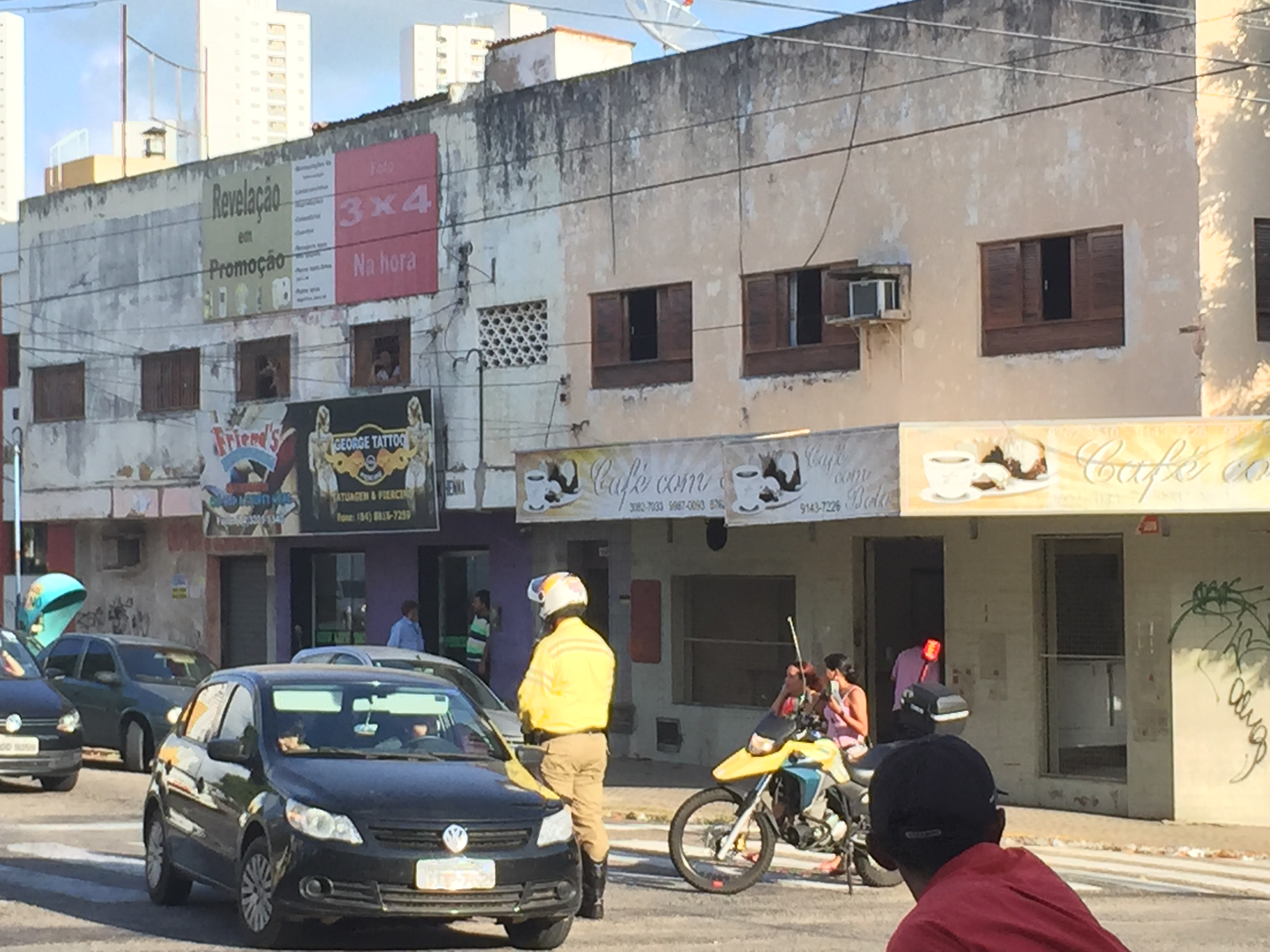 Cotidiano da Avenida Rio Branco através de fotografias