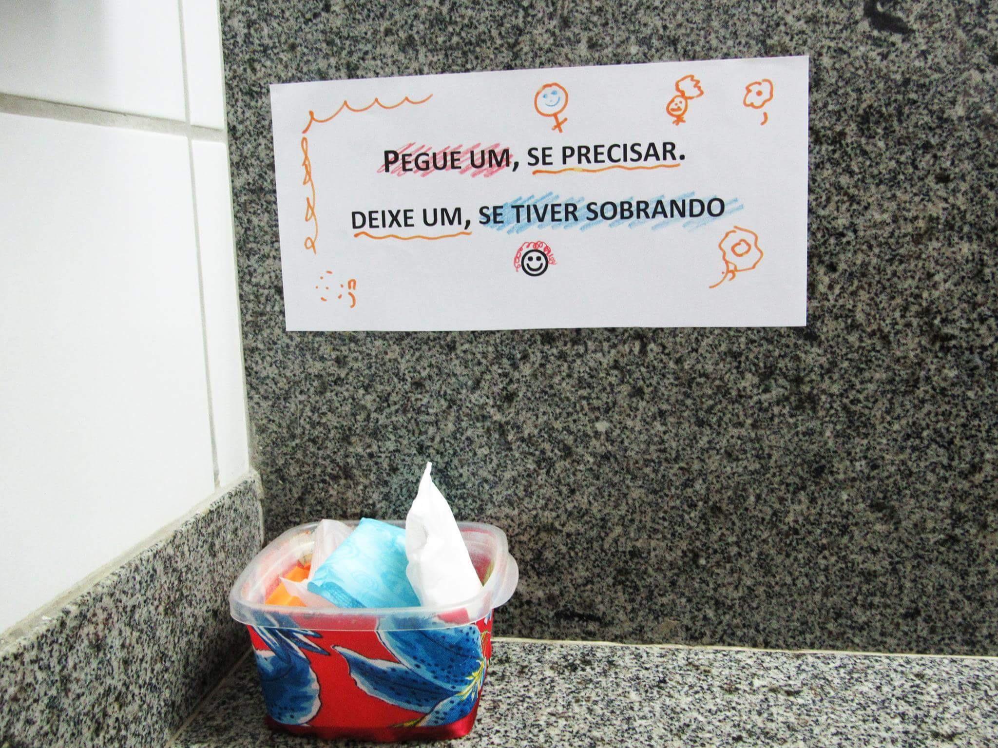 Professora cria campanha de doação de absorventes na UFRN