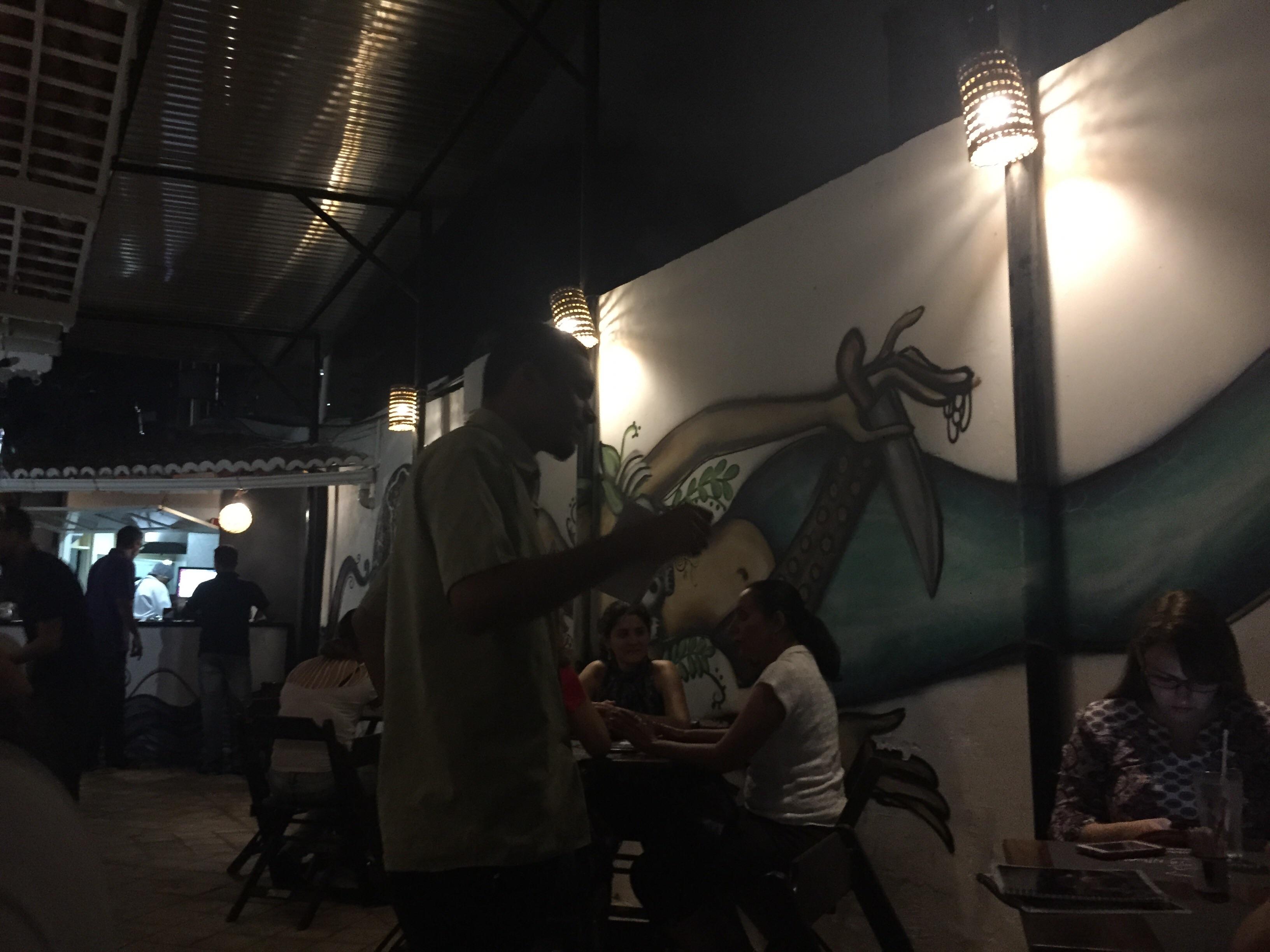 Um poeta no meio das ruas de Petrópolis