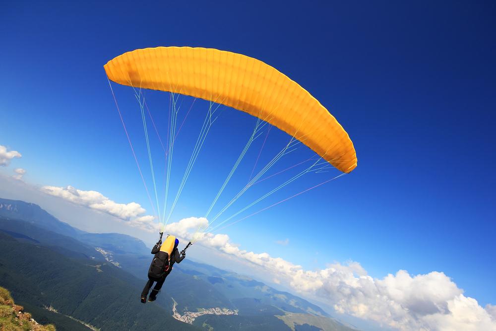 Quer saltar de paraquedas? É possível no RN