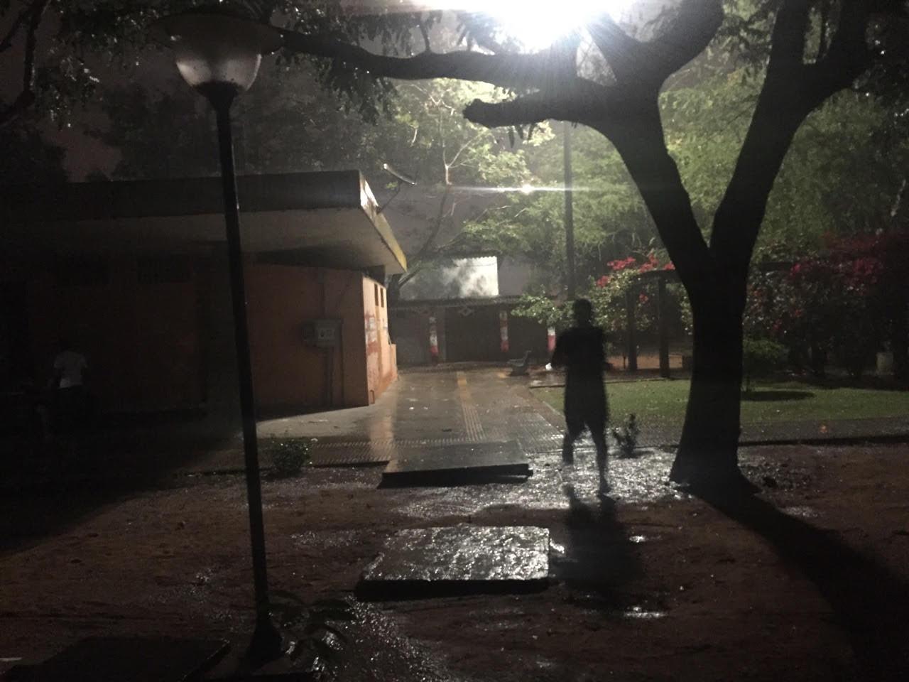 Uma festa que aconteceu no meio de uma chuva