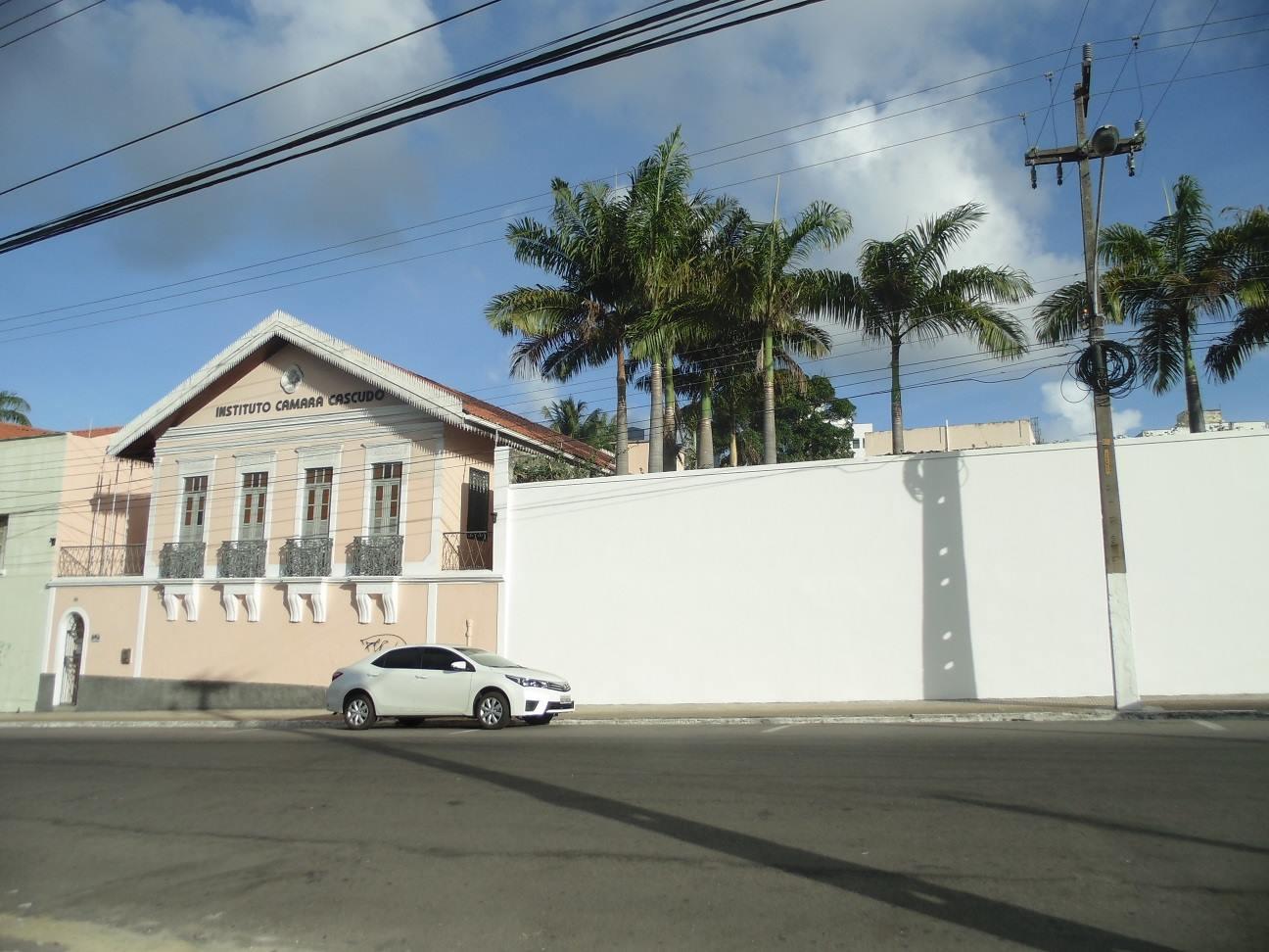 Casa de Câmara Cascudo dará um upgrade nos graffitis em seu muro