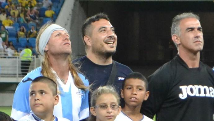 O dia que um falso jogador de futebol argentino pisou na Arena das Dunas