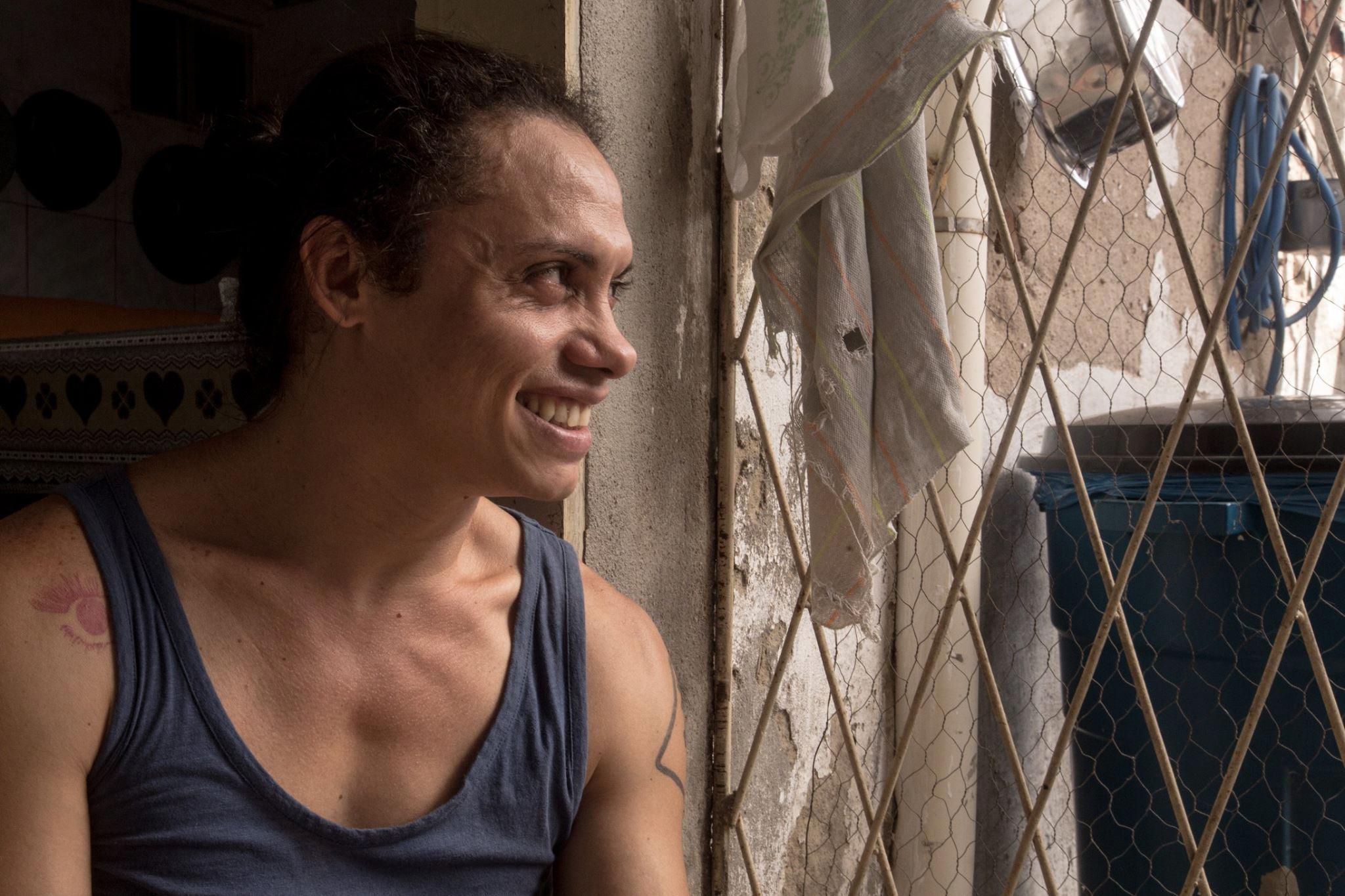Interprete de travesti na novela das 8 é protagonista de curta potiguar