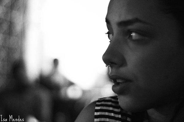 Entrevistando a atriz Alice Carvalho, a Jéssica de Septo