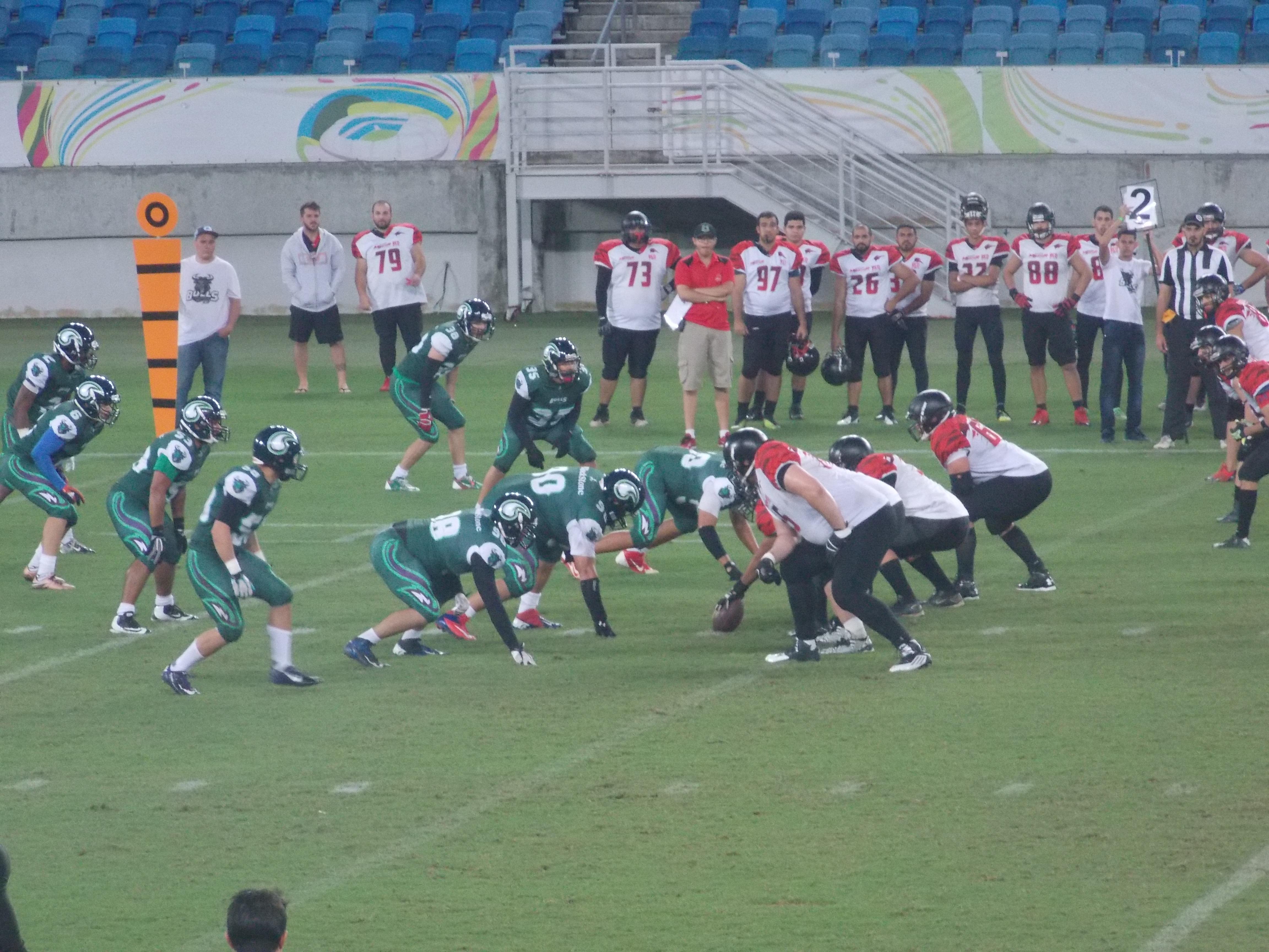 Domingo de futebol (Americano) na Arena das Dunas.
