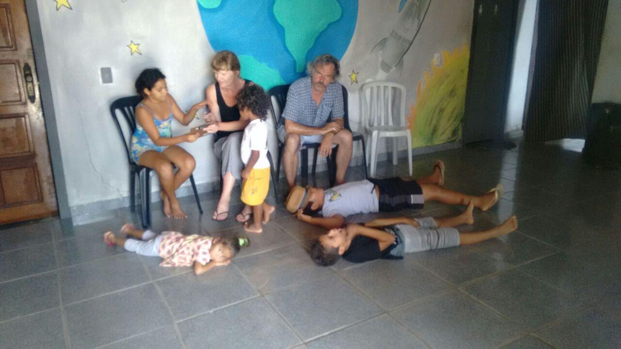 Companhia de teatro francês faz oficina para jovens no Passo da Pátria