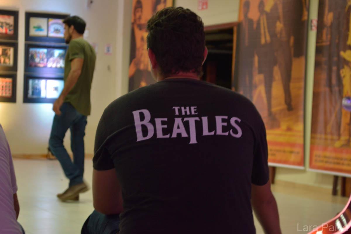 10 coisas que acontecem em um encontro com fãs de Beatles
