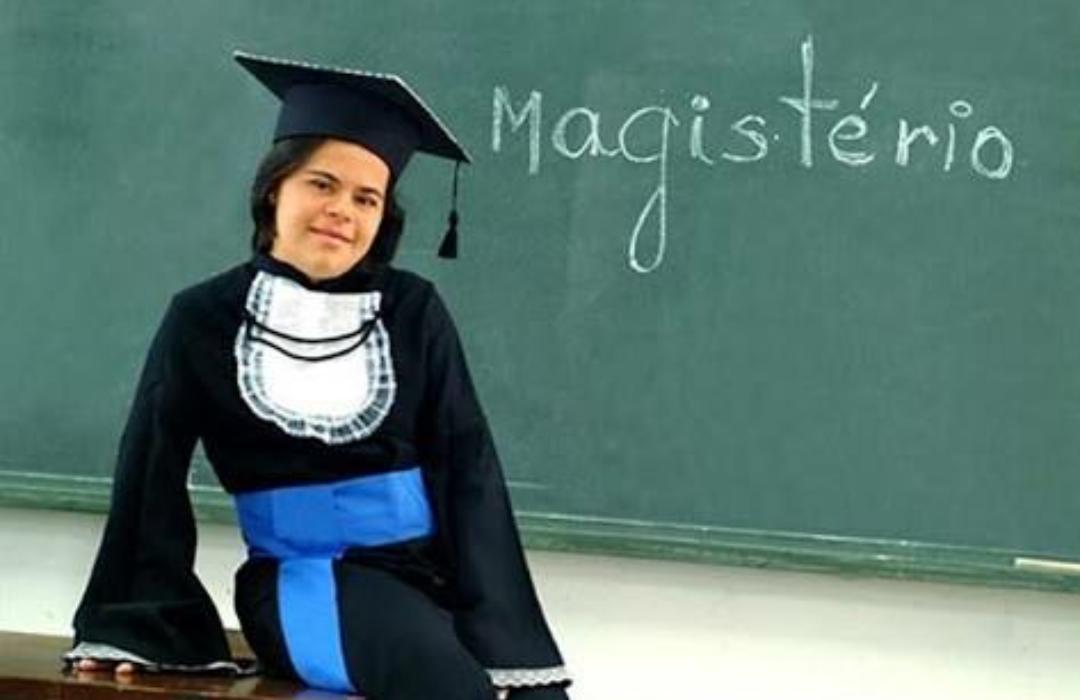 10 fatos sobre a professora Débora Seabra de Moura