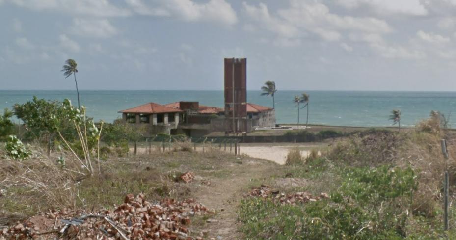 Por que esta casa de beira-mar em Areia Preta está abandonada em Natal?