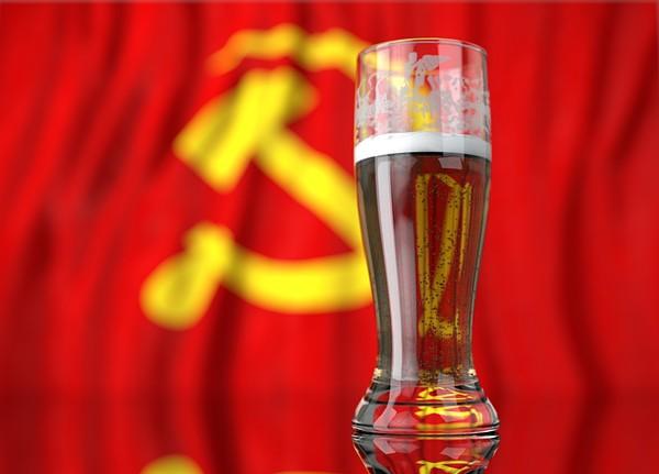 Natalenses criam cervejas comunistas