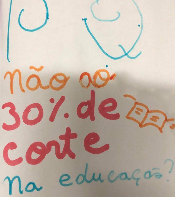[ARTIGO] Por que apoiar a greve em prol da educação?