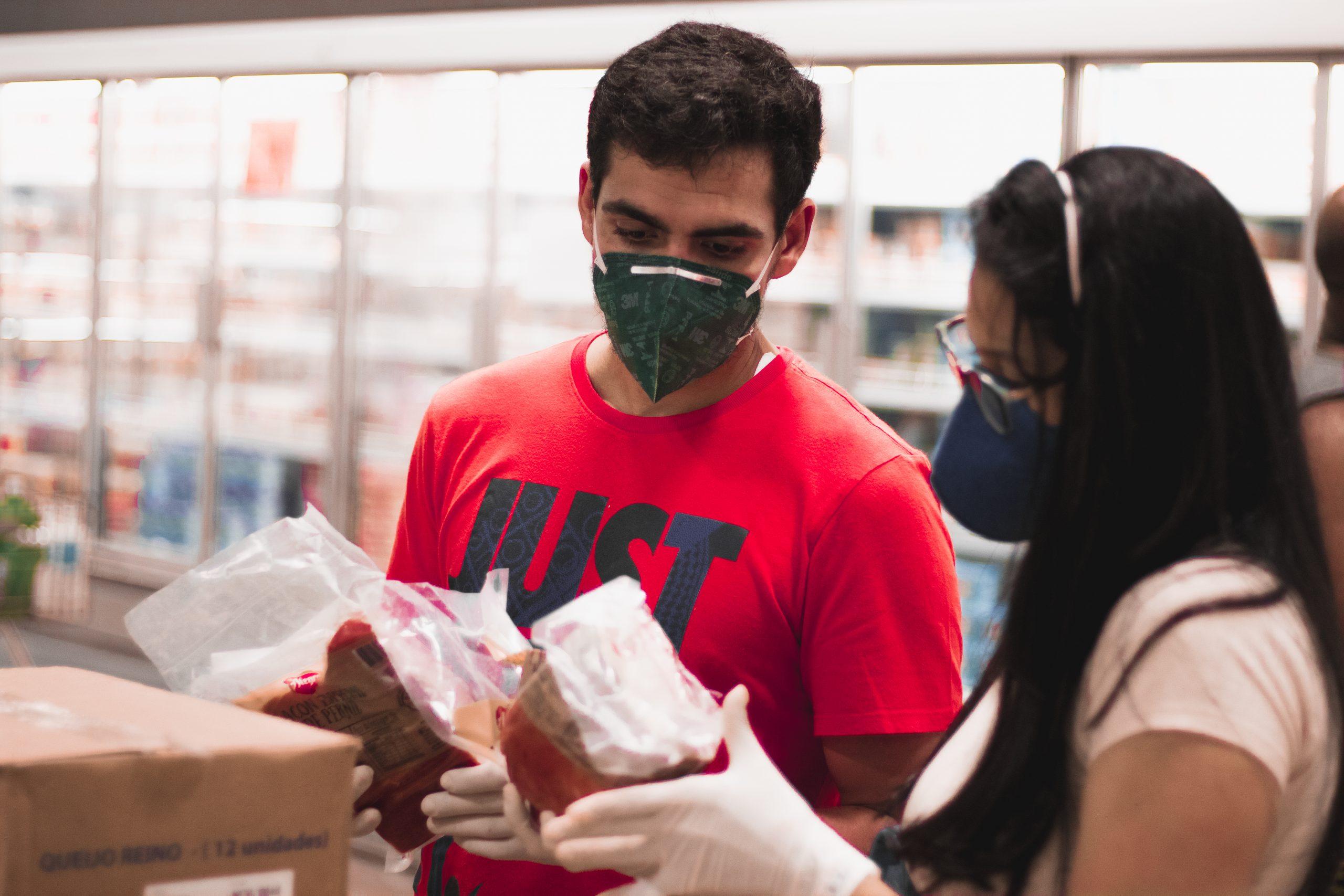 Fotógrafo registra supermercado de Natal pós-Coronavírus