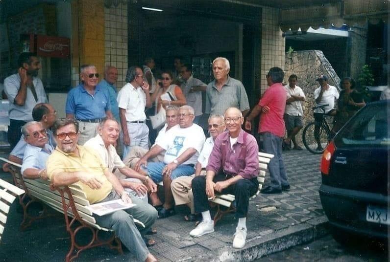 Esses idosos frequentavam o Café São Luiz
